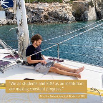 Timothy studiert an der EDU Medizin (Foto: privat).